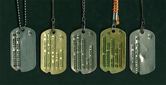 U S Army Ww2 Dog Tags Ww2 Us Medical Research Centre