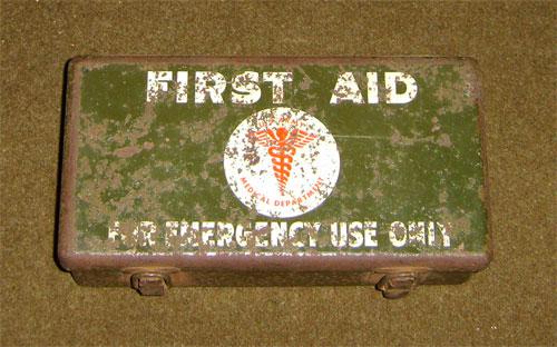 USGI U s Army WWII 12 Unit Vehicle First Aid Kit 97773 Willys MB Jeep