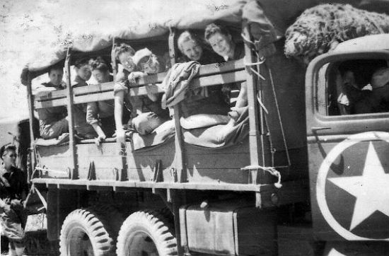 Personnel Of The 91st Evac Loaded Into A 2 1 Ton Truck During Five Day Trip From Mostaganem To Bizerte