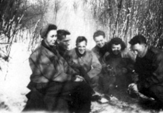Personnel Of The 91st Enjoy A Picnic In Woods Surrounding Valkenburg During Units Time Location