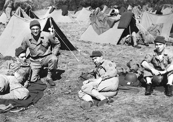 82d General Hospital. Training at Camp White, Medford, Oregon and area: bivouac, tent pitching and relaxation.