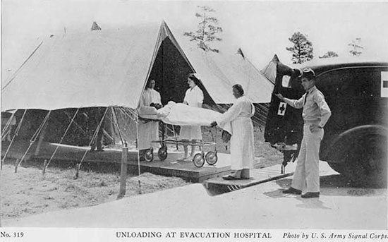 Vintage ZI Recruiting Card, illustrating unloading of a patient at an Evacuation Hospital.