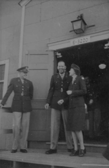 The happy couple! Frances and Early pictured shortly after their wedding ceremony on 2 October 1943.